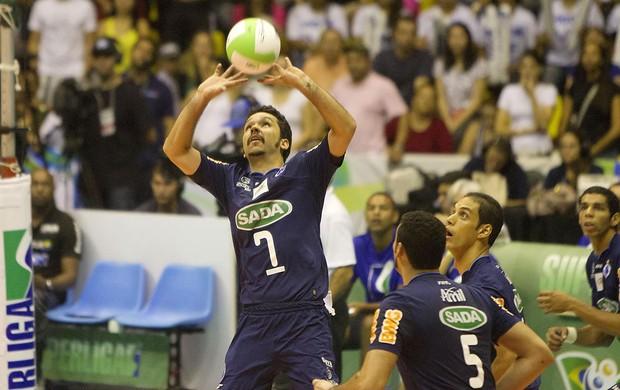 vôlei William Cruzeiro (Foto: Cinara Piccolo / VIPCOMM)