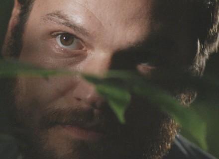 Final de 'Além do Tempo': Pedro descobre 'ninho' de Lívia e Felipe