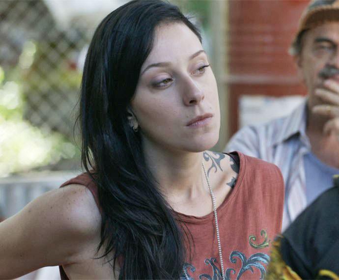Ximena não gosta nada da visita de Jávai  (Foto: TV Globo)