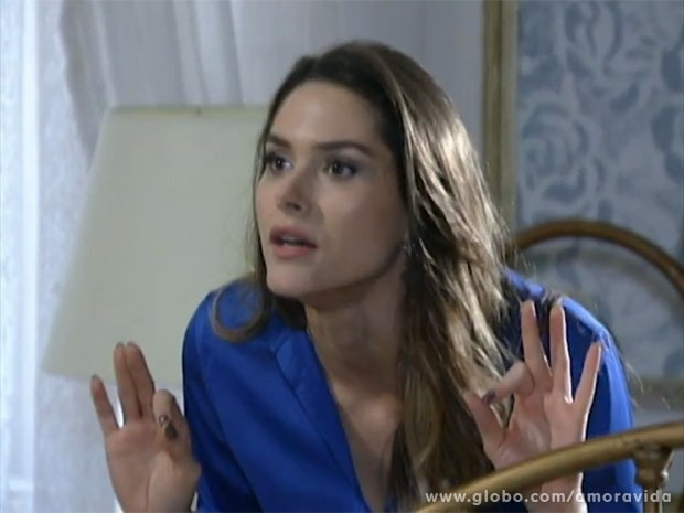 Leila está disposta a tudo contra Natasha (Foto: Amor à Vida/TV Globo)