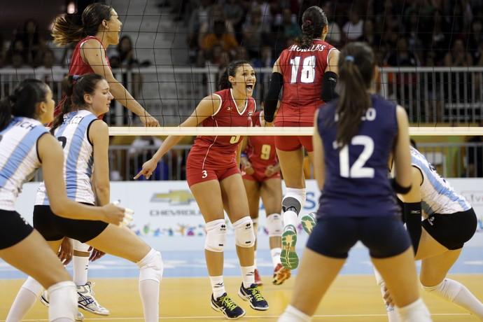 Porto Rico vence Argentina no vôlei feminino Pan Toronto 2015 (Foto: Gregory Bull/AP)