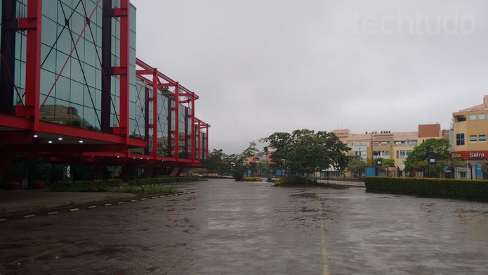 Foto tirada em dia de chuva com o novo Moto G (Foto: Isadora Díaz/TechTudo)