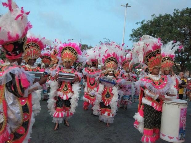 Cortejo do carnaval 2015 pelas ruas de São Luís (Foto: Biné Morais / O Estado)