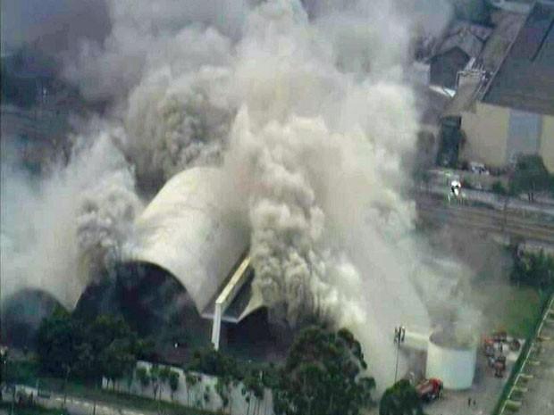 Incêndio atinge Memorial da América Latina (Foto: Reprodução/TV Globo)