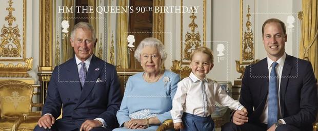 Detalhes para os selos do Príncipe Charles, da Rainha Elizabeth II, do Príncipe George e do Príncipe William (Foto: The British Monarchy/Reprodução)