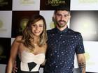 Viviane Araújo vai com Radamés a inauguração de casa de festas no Rio