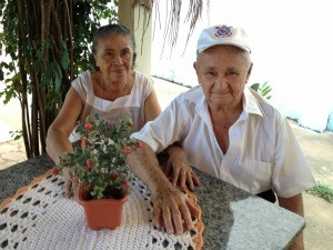 Casal diz que não comemora os anos de casamento (Foto: Larissa Matarésio/G1)