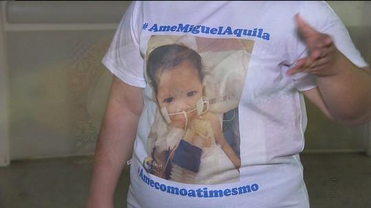 Criança com doença rara mora há cinco anos em UTI de hospital em Campina Grande