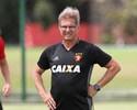 Oswaldo fecha treino e não divulga escalação do Sport para clássico