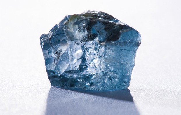 O diamante azul de 29.6 quilates, encontrado pela Petra Diamonds (Foto: Petra Diamonds)