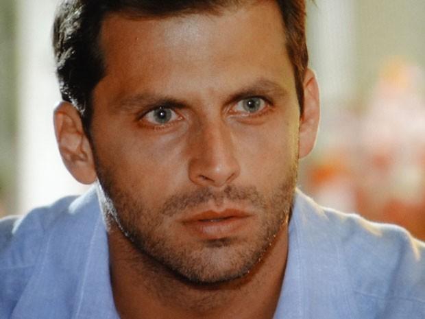 Cassiano promete se vingar de Alberto (Foto: Flor do Caribe / TV Globo)