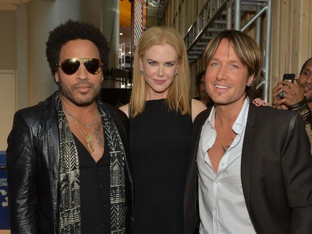 Lenny Kravitz, Nicole Kidman e Keith Urban em premiação nos EUA (Foto: Rick Diamond/ Getty Images/ AFP)