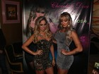 Juju Salimeni e Carol Narizinho desfilam de vestidos curtíssimos