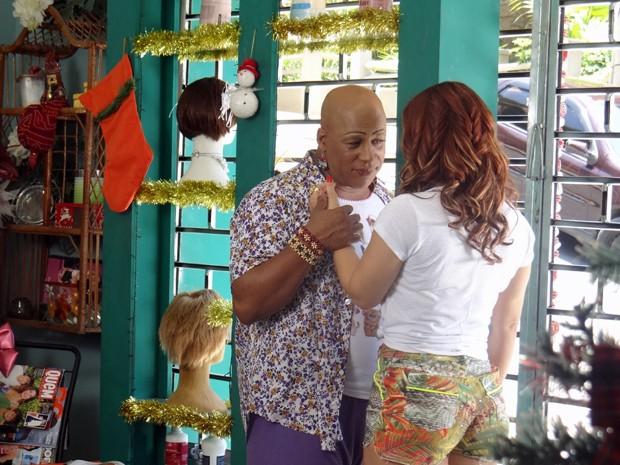 Xana fica sem reação com as palavras de Naná (Foto: Paula Paiva/Gshow)