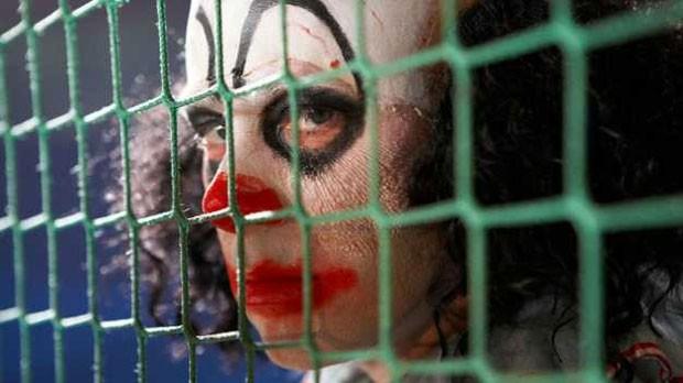 Imagens e relatos sobre palhaços assustadores se tornaram um fenômeno nas redes sociais  (Foto: BBC)