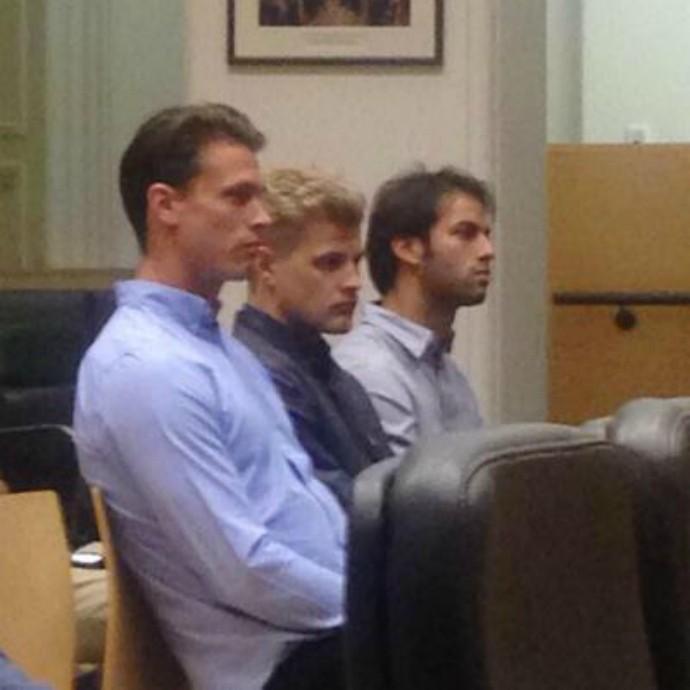 Felipe Nasr e Marcus Ericsson compareceram ao tribunal de Melbourne, em Victoria, na Austrália (Foto: Reprodução/Twitter)