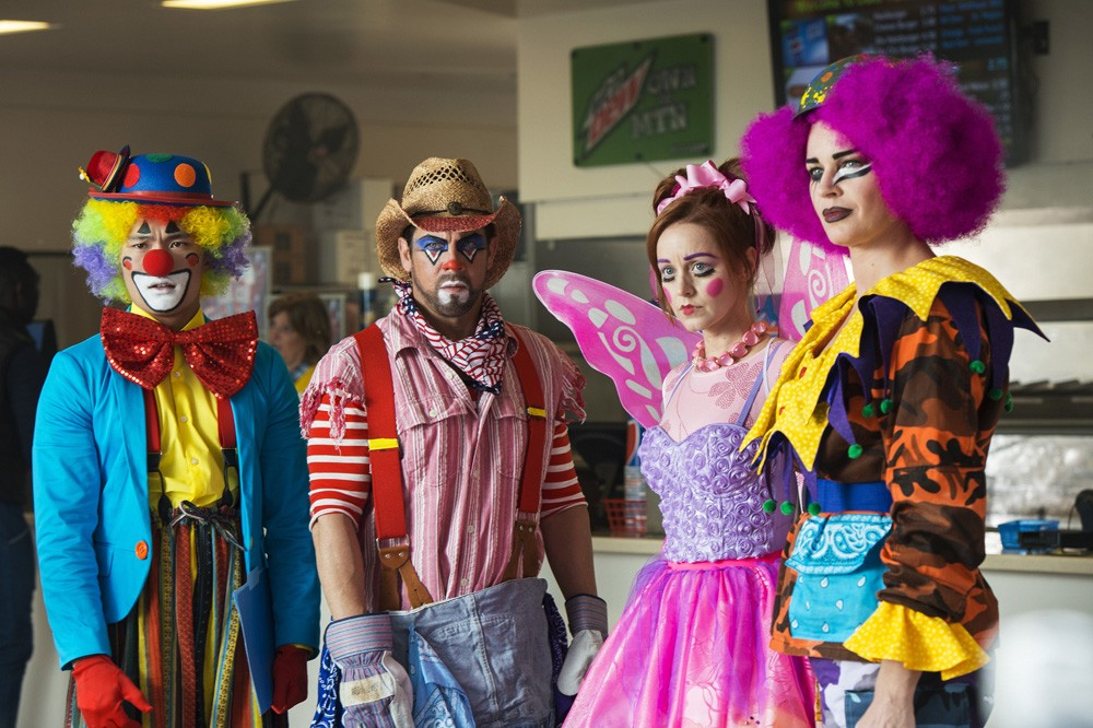 """""""And the Tears of a Clown"""" (5Ep3T) (Foto: The Librarians - Universal Channel)"""