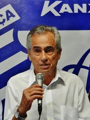 Roberto Mendes, presidente do CSA (Foto: Henrique Pereira/ GloboEsporte.com)