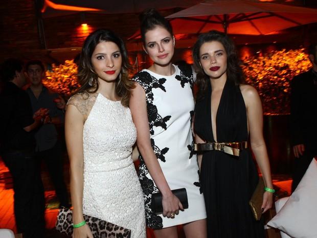 Giselle Batista, Agatha Moreira e Bruna Linzmeyer em festa da revista 'VIP' em hotel na Zona Sul do Rio (Foto: Raphael Mesquita/ Foto Rio News)