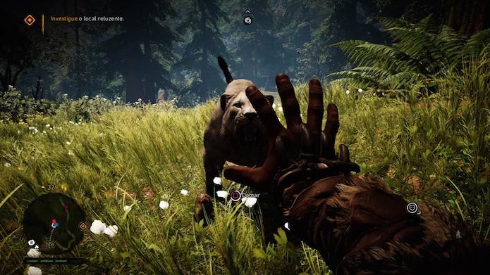 Far Cry Primal: chegue perto da criatura e pressione a opção domar (Foto: Reprodução/Victor Teixeira)