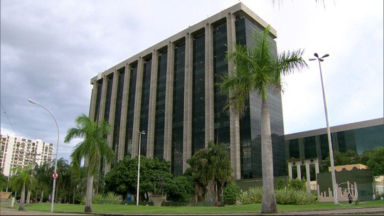 Paes nega ter deixado prefeitura do Rio com problemas financeiros