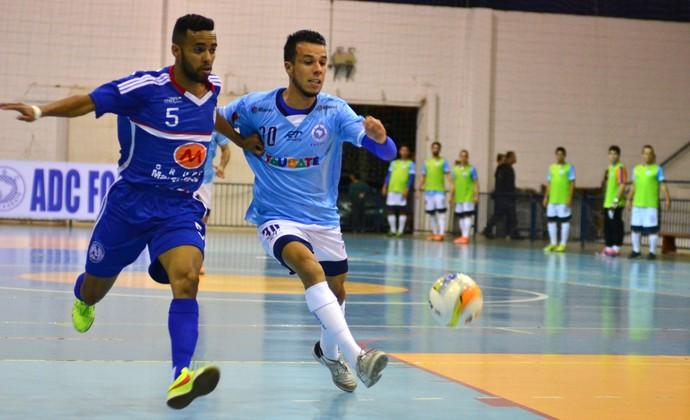 Pivô Hernanes Taubaté Futsal Indaiatuba Liga Paulista (Foto: Jonas Barbetta/ Top 10 Comunicação)