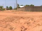 Piloto morre após cair de moto em erosão de avenida em Vilhena, RO