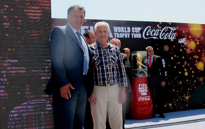 Figueroa e Leonel Sánchez  TOUR DA TAÇA (Foto: Cassius Leitão)
