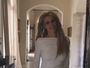 Britney Spears desfila com vestidos curtinhos