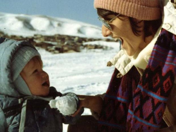 Sue Klebold diz que é difícil falar do amor que sente pelo filho  (Foto: Arquivo pessoal/família Klebold)
