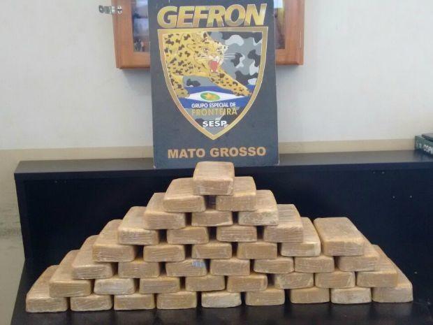 Tabletes foram apreendidos pelo Gefron em Porto Espiridião (MT), fronteira com a Bolívia (Foto: Assessoria Gefron MT)
