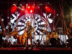A banda pernambucana Mundo Livre S/A faz se apresenta no Curau em Piracicaba  (Foto: Divulgação)