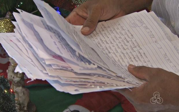 Cerca de 2 mil cartas esperam por padrinhos na agência dos correios (Foto: Bom Dia Amazônia)