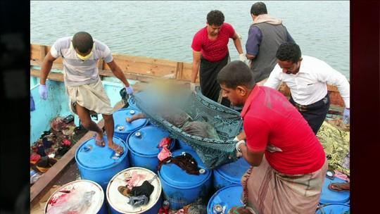 Ataque de helicóptero a barco com refugiados deixa pelo menos 42 mortos no Iêmen