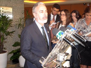 O ministro das Rela&#231;&#245;es Exteriores, Antonio Patriota (Foto: Henrique Porto/G1)