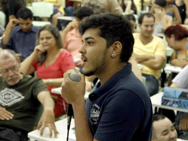 Professor conta como é ser um transsexual no Brasil (Foto: Roberto Dalmo/Divulgação)