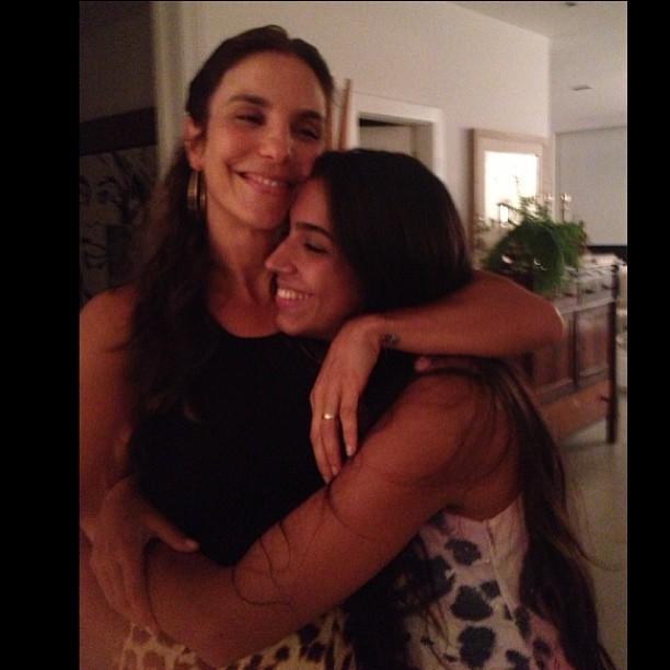 Ivete Sangalo e Benedita (Foto: Instagram/ Reprodução)
