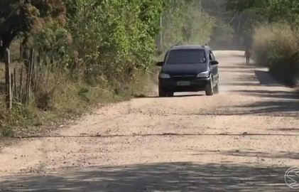 Obras da estrada que dá acesso a Bulhões, em Resende não foram concluídas
