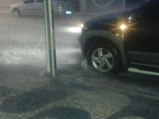 Chuva em Petrolina (Foto: Magda LOmeu/Arquivo pessoal)