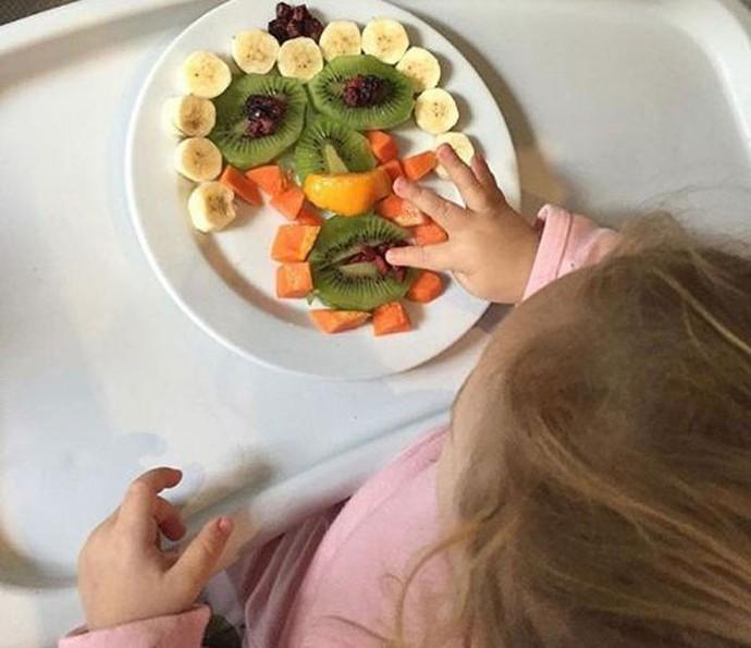 Rafael Cardoso preza por qualidade na alimentação da filha (Foto: Arquivo pessoal)