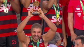 Jogador mais valioso da final, Olivinha fala sobre pentacampeonato do Flamengo no NBB