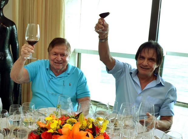 Boni e Roberto Carlos (Foto: Cristina Granato)