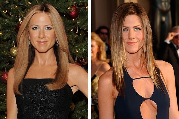 Jennifer Aniston e à sua direita, sua estátua de cera (Foto: Getty Images)