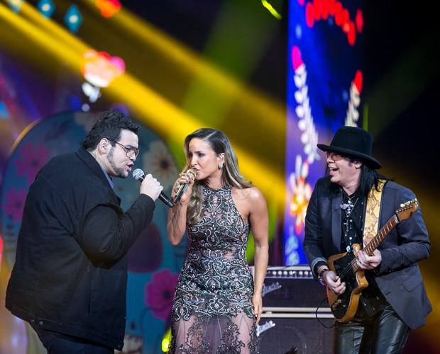 Claudia Leitte e Lui Medeiros cantam ao lado de Pepeu Gomes na final do The Voice (Foto: Isabella Pinheiro/ Gshow)