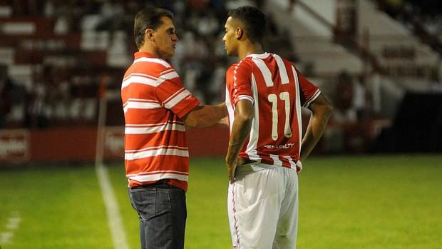 vágner mancini elton náutico (Foto: Aldo Carneiro / Pernambuco Press)