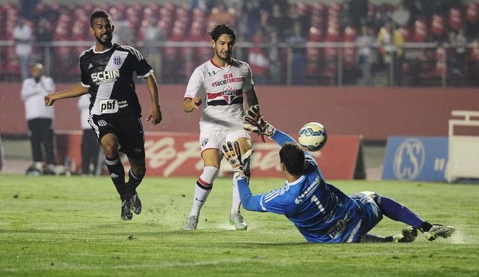 Alexandre Pato São Paulo x Ponte Preta (Foto: Marcos Ribolli)