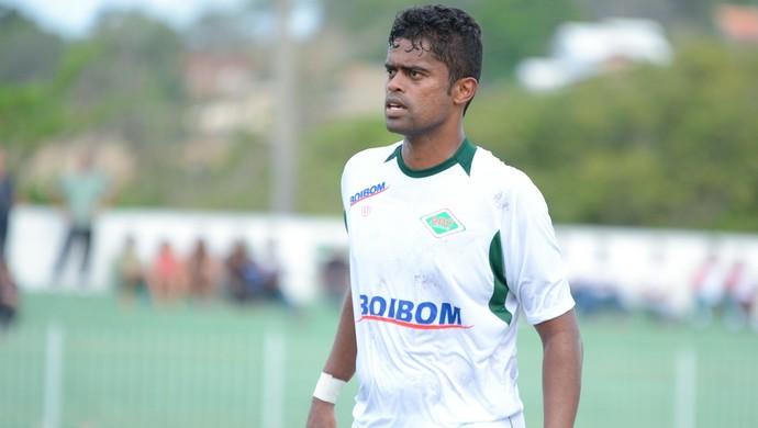 Fabrício Carvalho, cabofriense (Foto: Léo Borges / Na Jogada)