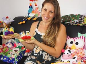 A mãe Daniella Branco já comercializa os produtos na Paraíba e em outros estados (Foto: Inaê Teles/G1)