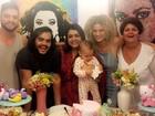 Preta Gil comemora 'mesversário' da netinha, Sol de Maria