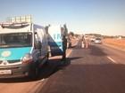 Mulher morre atropelada ao tentar atravessar trecho da BR-153, em GO